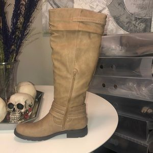 19 inch tan boots